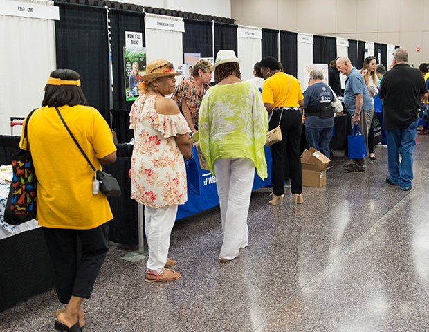 Senior Expo_2018_007.png