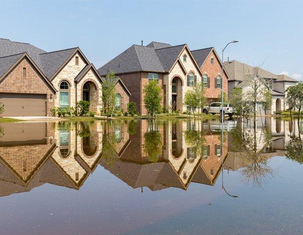 FloodedHoustonSuburbe_HurricaneHarvey2017.png