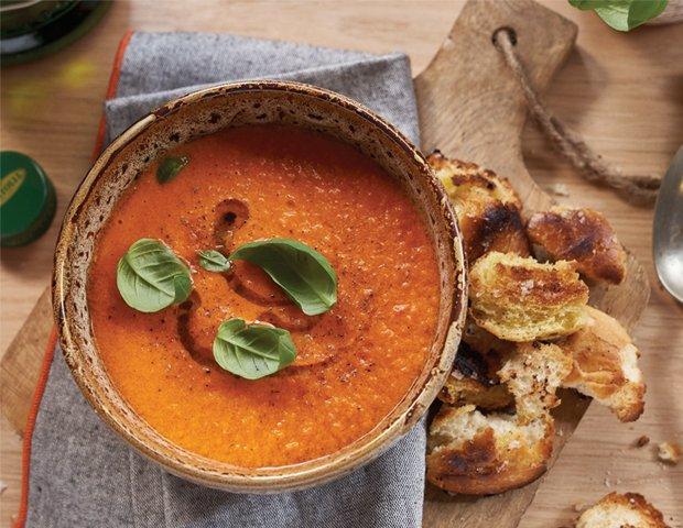 TomatoSoupWithHomemadeOliveOilCroutons_Bertolli.png