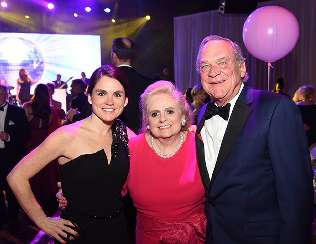 Lacey Goossen, Ann & Peter Fluor.png