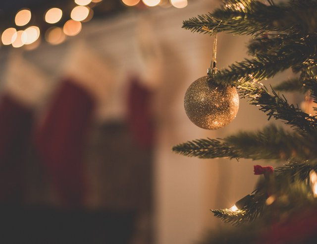 Managing Grief With Grace During the Holidays