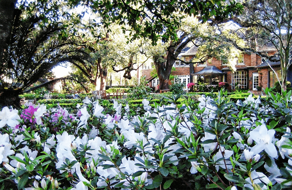 Houston-Hospice-Gardens.png
